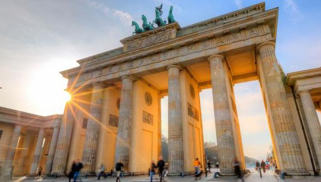 Берлинская телебашня и многое другое: 10 лучших достопримечательностей столицы Германии