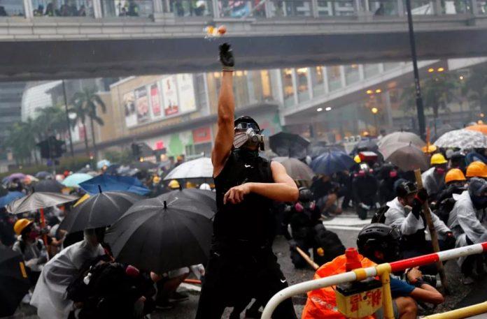 Насилие в Гонконге