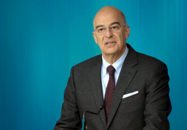 Глава МИД Греции Никос Дендиас