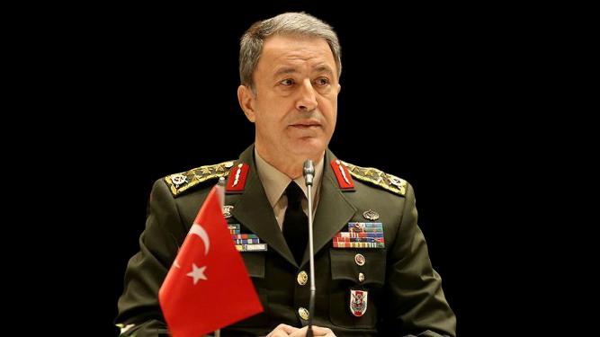 Глава Министерства обороны Турции Хулуси Акар